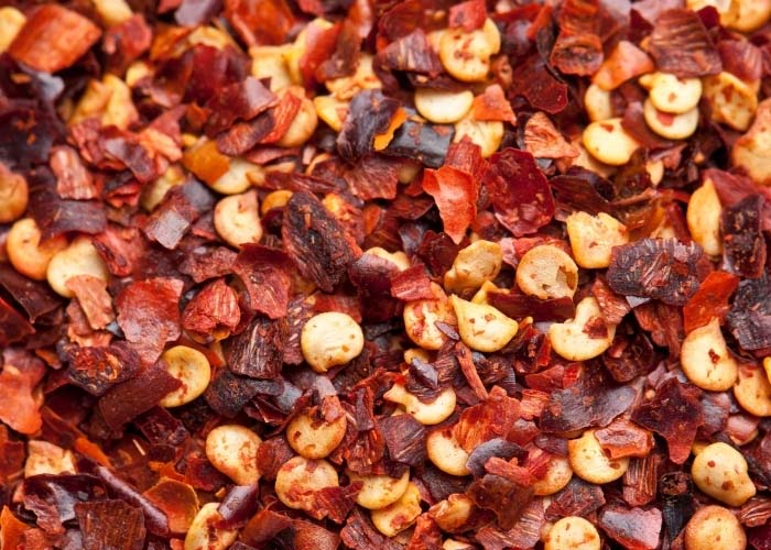 cracked red pepper flakes