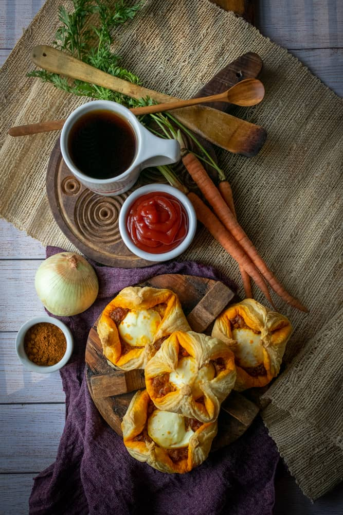kerala indian egg puff recipe with ketchup and coffee