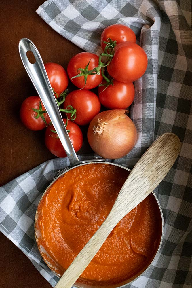what to serve with keto tomato sauce
